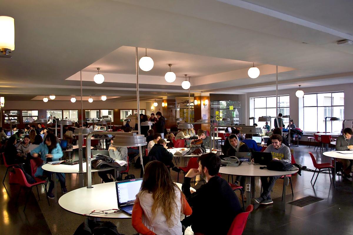 Saludos desde Madrid: un estudiante de Polytech nos ha contado cómo se prepara para examenes en una universidad española