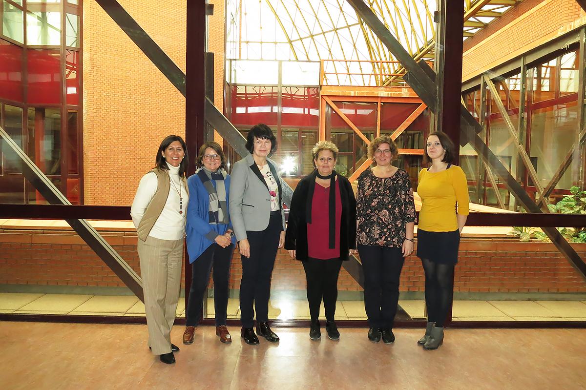 Tesoros de las bibliotecas mundiales: los representantes de la SPbPU en Madrid