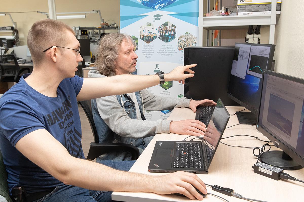 Los científicos de SPbPU han realizado la búsqueda del aparato orbital, el seguimiento de su ubicación, la obtención de la información del bordo del aparato