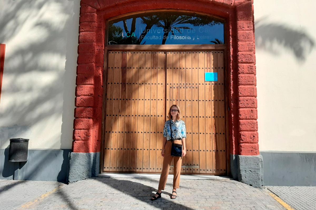 Estudiante Politécnica sobre estudios en la Universidad de Cádiz durante una pandemia