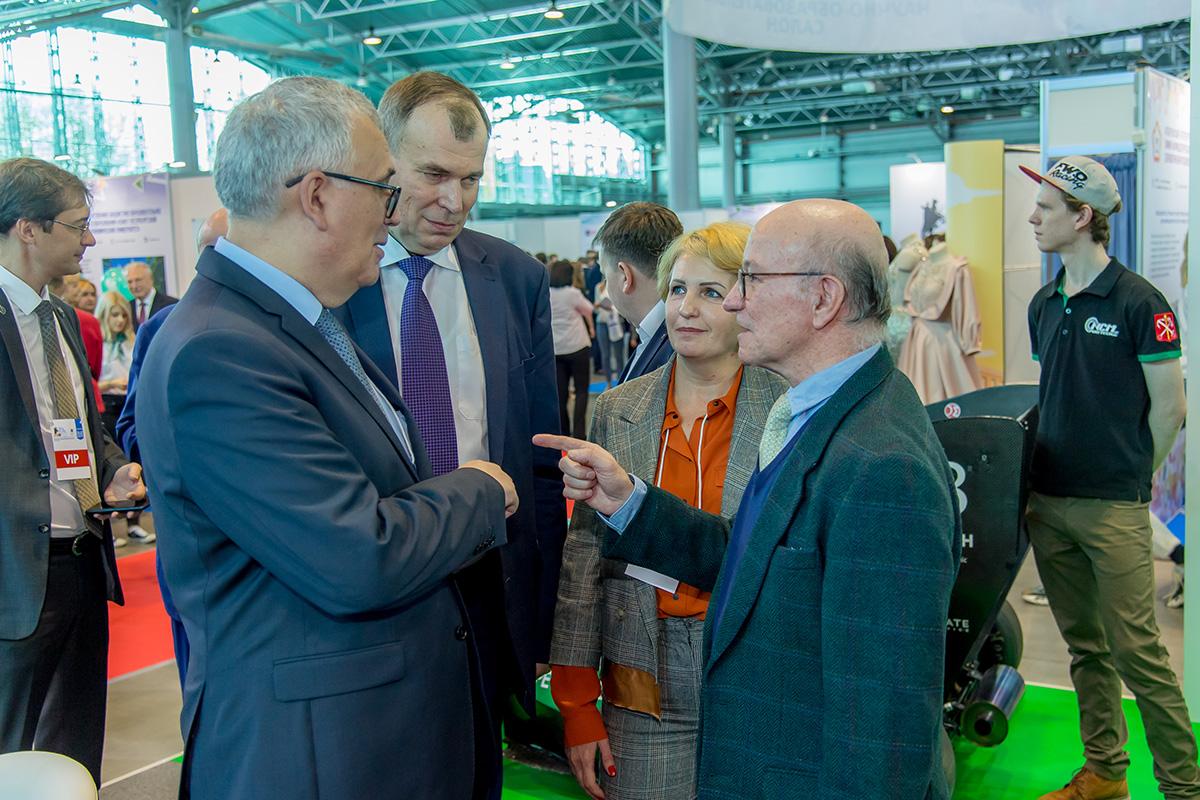 SPbPU participó en el Salón internacional de ciencia y educación de San Petersburgo en EXPOFORUM: cómo fue Описание изображения