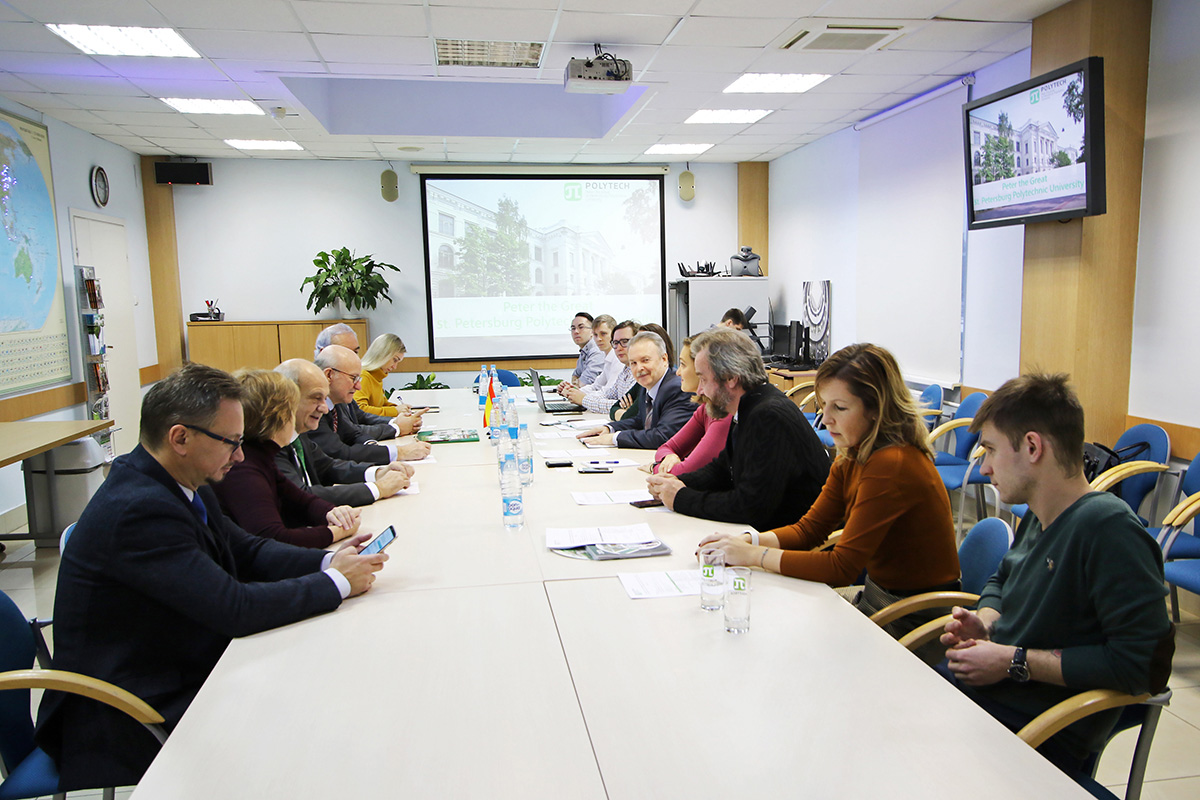 La colaboración de SPbPU y los países iberoamericanos va al nivel industrial