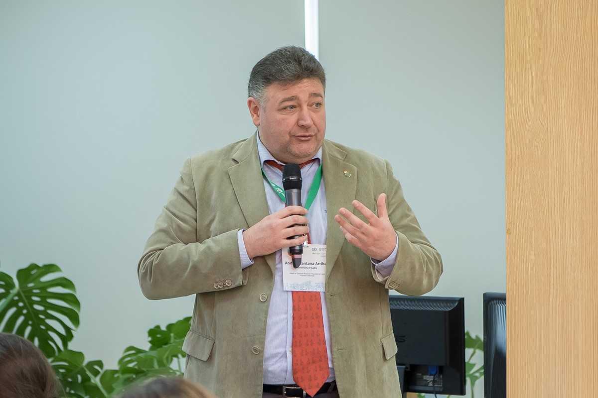 Andrés SANTANA ARRIBAS, director del CUNEAC y del Instituto Pushkin de la Universidad de Cádiz